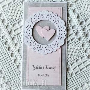 gustowne scrapbooking kartki personalizacja wyjątkowa kartka ślubna z rozetą