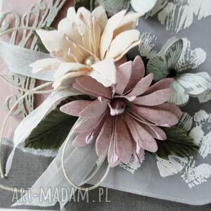białe scrapbooking kartki imieniny z kwiatami - w pudełku