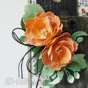 pomarańczowe scrapbooking kartki para z kwiatami - w pudełku