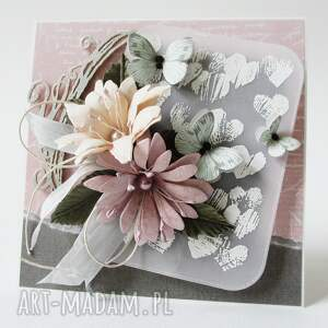 intrygujące scrapbooking kartki rocznica z kwiatami - w pudełku