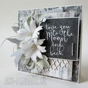 życzenia scrapbooking kartki szare z kwiatami - w pudełku