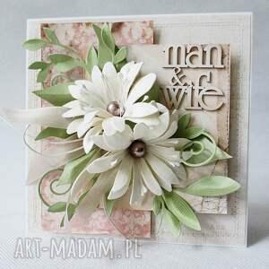 białe scrapbooking kartki życzenia z kwiatami - w pudełku
