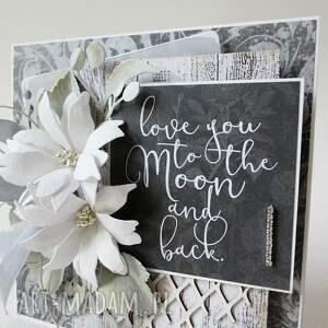 scrapbooking kartki wyznanie z kwiatami - w pudełku