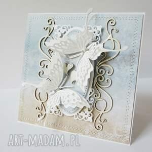 ręczne wykonanie scrapbooking kartki gratulacje z motylami - w pudełku