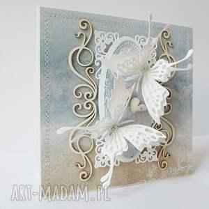 ręczne wykonanie scrapbooking kartki ślub z motylami - w pudełku