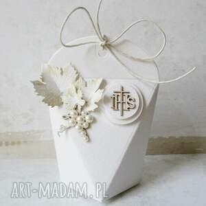 białe scrapbooking kartki zaproszenia w pudełkach