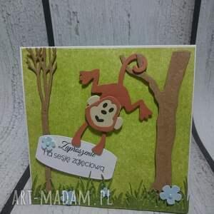 małpka scrapbooking kartki zielone zaproszenie / kartka małpki w lesie