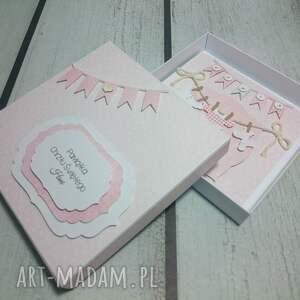 różowe scrapbooking kartki pamiątka zestaw maluszkowe ubranka