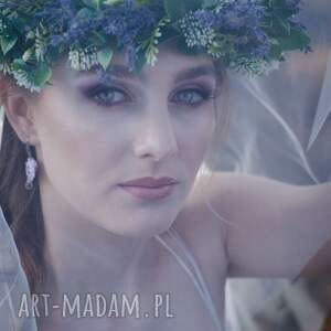 Multanka ślub: Delikatne, lawendowe kolczyki ślubne