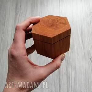 unikalne ślub heksagon drewniane pudełko na obrączki