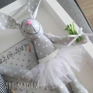 króliki ślub białe krœliki prezent para