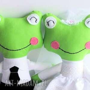 eleganckie ślub para ślubna - żabka mniejsza