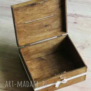 atrakcyjne ślub drewno pudełko z kluczykiem - koronka