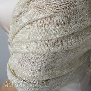 ślub doadtki szal w odcieniach ecru i zlota
