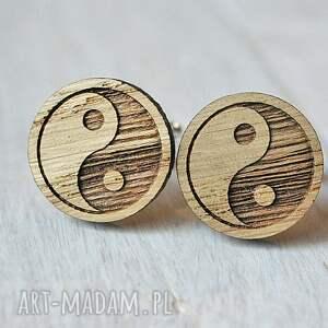 beżowe spinki do mankietów równowaga dębowe drewniane