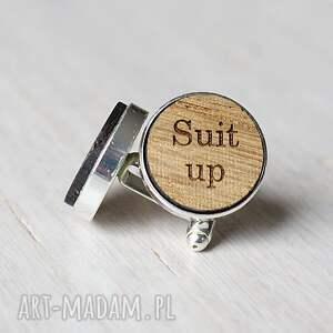 beżowe spinki do mankietów drewniane suit