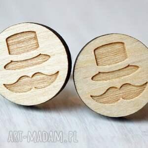 drewniane spinki do mankietów brązowe