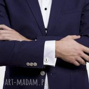 białe spinki do mankietów elegancja suit up
