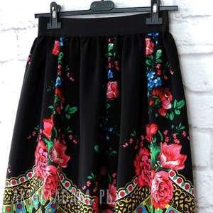 czarne spódnica folkowa góralska midi wzór