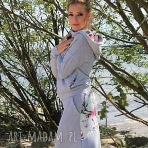 spódnice bluza-z-kapturem bluza z komino-kapturem i spódnica