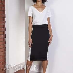 efektowne spódnice spódnica ołówkowa midi z lampasami
