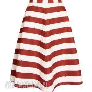 pasy spódnice czerwone trapezowa spódnica w szerokie