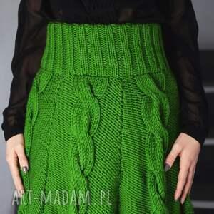 spódnice dzianinowa zielona spódnica z warkoczami
