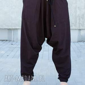 czarne spodnie bawełniane alladynkiz zamkami