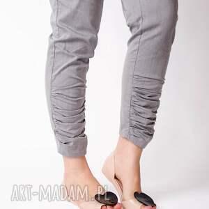 efektowne spodnie wysoki bawełniane z wysokim