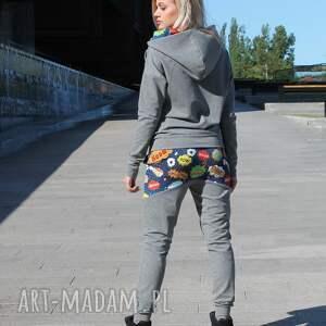unikalne spodnie dresik bluza z komino - kapturem