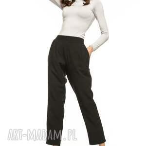 spodnie cygaretki z kieszeniami