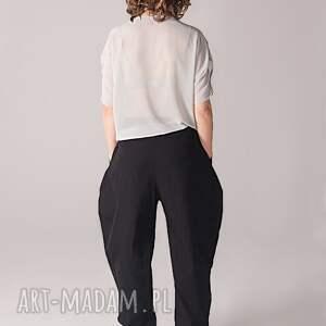 Non Tess spodnie: czarne z kieszeniami - luźne kieszenie