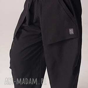 spodnie luźne czarne z kieszeniami