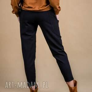 żółte spodnie damskie dresowe czarne