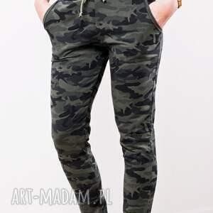 militarne spodnie dresowe modne fajne