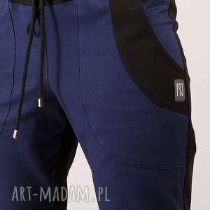 czarne spodnie dwukolorowe bawełniane