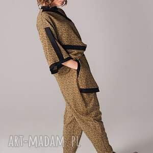 nietypowe spodnie art dzianinowe we wzór