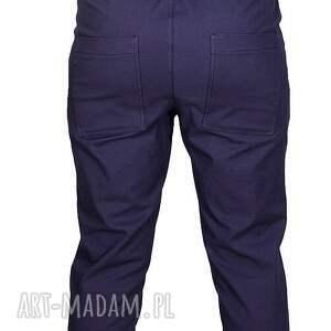 proste spodnie granatowe bawełniane