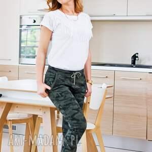 spodnie camo modne fajne dopasowane dresowe