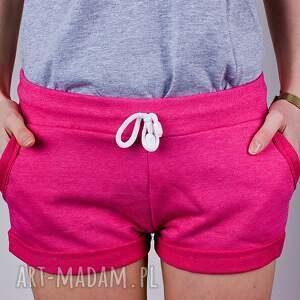 spodnie szorty modne różowe krótkie spodenki