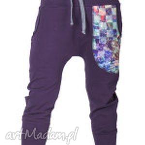 fioletowe spodnie dres nocny motyl damskie - baggy