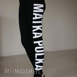 urokliwe spodnie fajne oryginalne czarne legginsy