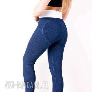 nietypowe spodnie sportowe legginsy dżinsowe