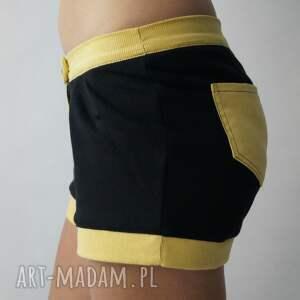 sztruksowe spodnie sweet shorts
