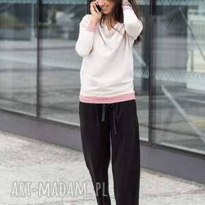 gustowne spodnie szerokie wiązane