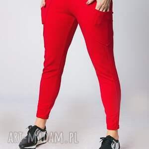 fitness spodnie czerwone w kolorze czerwonym