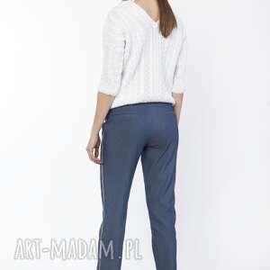 spodnie eleganckie z ozdobnymi lampasami