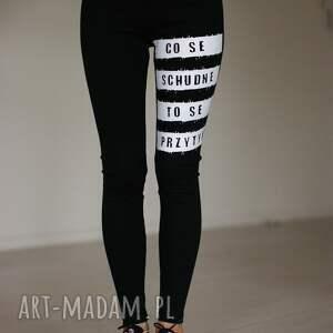 fajne blogerskie legginsy z polskim napisem modne