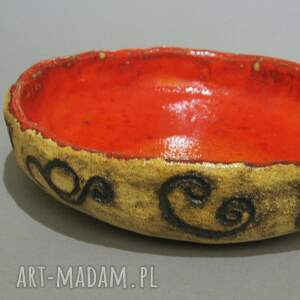 """stoły misa """" czerwień i ornamenty"""""""