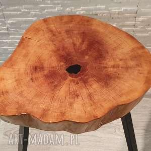 Sciete i pociete Stolik drewniany z żywicy epoksydowej - plaster olchy - żywica